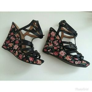 Rue21 Shoes - Rue 21 Black Floral Ankle Strap Wedges